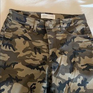 Camouflage high waisted jeggings